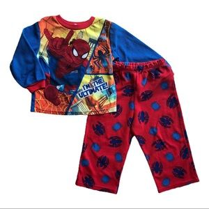 ⭐️ Size 3T Fleece Pajama Set
